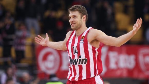 Везенков отбеляза 23 точки за Олимпиакос срещу Алба (Берлин)