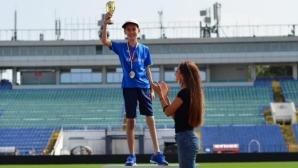 Трогателен жест на съпричастност и подкрепа на Ивет Лалова за Веселин Бисерински
