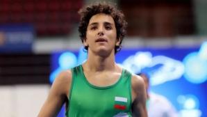 Едмонд Назарян се върна с победа
