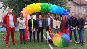 Заместник-министри и спортни звезди подкрепиха проект срещу агресията сред младите
