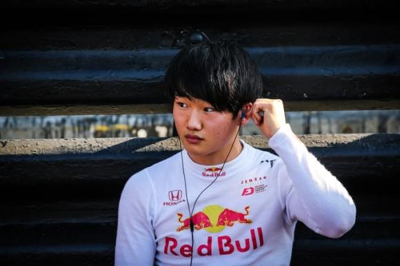 Млад японец е близо до Формула 1