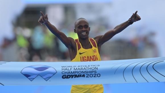 Киплимо спечели световната титла по полумаратон с рекорд на шампионатите