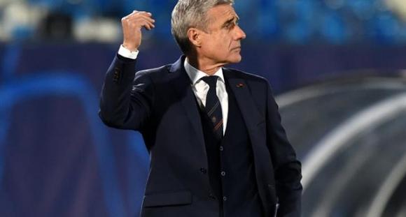 Треньорът на Шахтьор се обиди на испанските журналисти