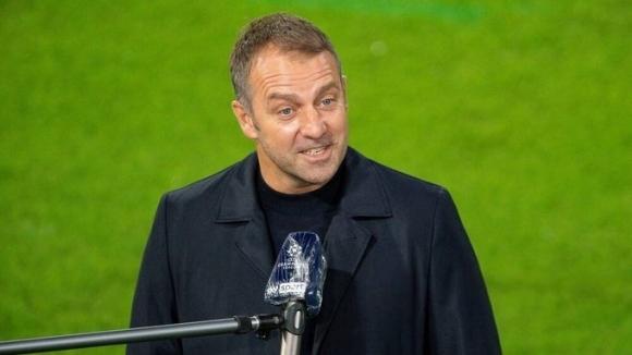 Ханзи Флик: Мюлер е треньорът на терена, той...