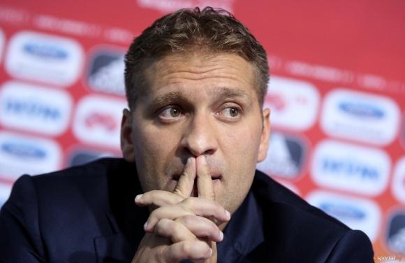 Стилиян Петров: Истината е, че футболът не сближава, а разделя хората