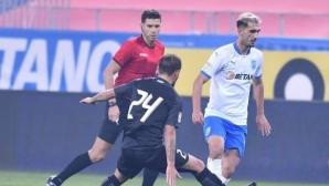 Сензация в Румъния: отборът на тримата българи нанесе първа загуба на лидера (видео)