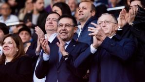 Шефовете на Барселона приеха условието на играчите за заплатите