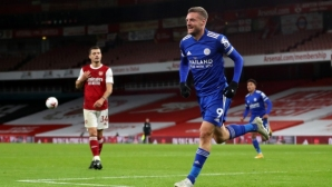 Варди изведе Лестър до историческа победа над Арсенал (видео)