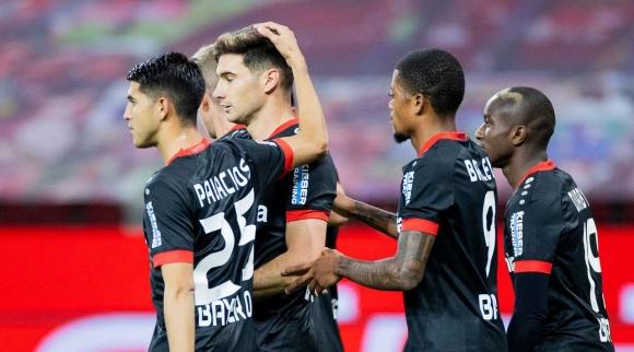 Байер (Леверкузен) взе втора победа за сезона