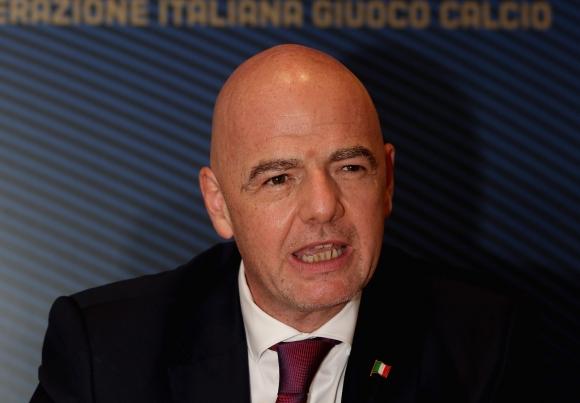 Президентът на ФИФА също е заразен и то със симптоми