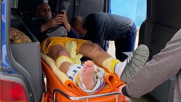 Бивш играч на ЦСКА откаран в болница след зверски ритници, Марица публикува снимки