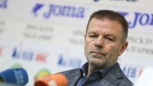 Стойчо Младенов изригна: Явно някои около любимия ми клуб твърде много се страхуват дори от сянката ми