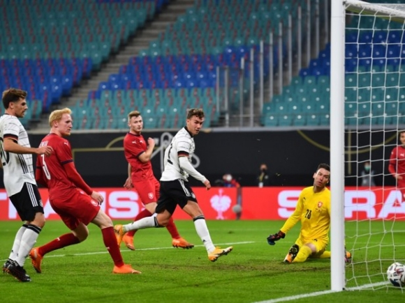 Германия си взе своето срещу Чехия (видео)
