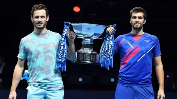 Чисто нови шампиони на двойки в Лондон