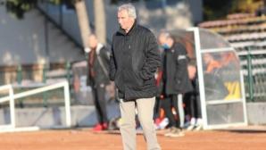 Треньорът на Левски (Лом): При нас всички бутат каручката, създадохме много добра сплав в отбора