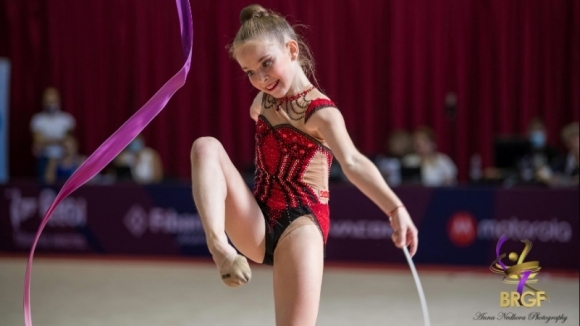 България с пълен комплект медали от финалите на ЕП по художествена гимнастика