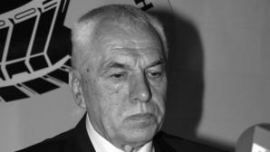 Отиде си баскетболната легенда Симеон Варчев