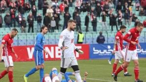 Извънредно! Българският футбол под заплаха, искат да го прекратят за 4 месеца