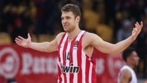 Евролигата пренасрочи два мача на Александър Везенков и Олимпиакос