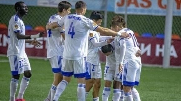 Отборът на Пламен Димов завърши сезона с шеста поредна загуба