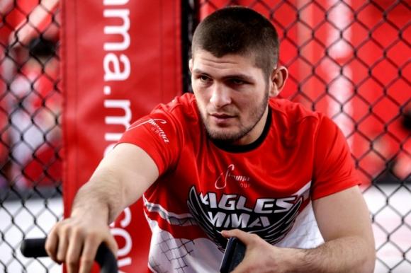 Хабиб Нурмагомедов ще се бори да вкарат ММА в...