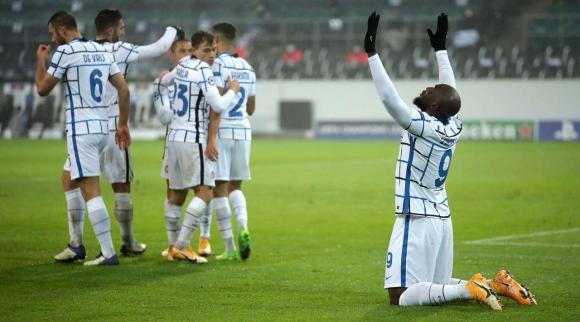 Интер изтръгна инфарктна победа в Мьонхенгладбах и...