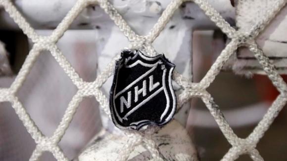 От НХЛ продължават да се надява сезонът да започне в...
