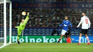 Рейнджърс продължава напред в Лига Европа (видео)