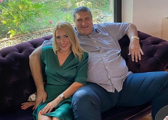 На гости в дома на Любо Ганев - за битката с COVID и любовта като лекарство