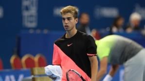 Адриан Андреев с победа над №4 в Анталия, вече е на 1/4-финал