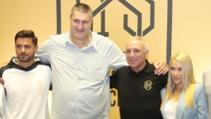 Стоичков: Браво, български гиганти!