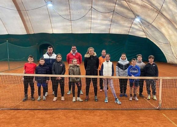 БФ Тенис започна провеждането на лагери с грижа за...