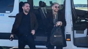 Папу Гомес се сбогува с Аталанта и пристигна в Севиля (снимки)