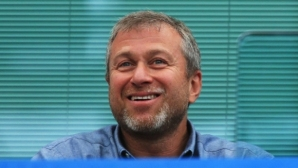 Може да последват нови санкции за Абрамович и Усманов