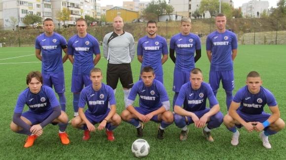 Левски 2007 вкара четири на Етър 2