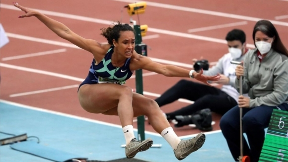 Грешка на длъжностно лице лиши Мария Висенте от злато в скока на дължина