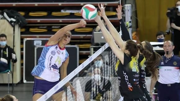 Елица Василева донесе драматичен успех на Скандичи в Италия