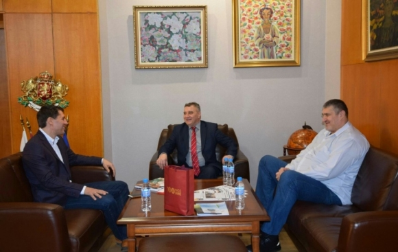 Любо Ганев се срещна с ректора на УНСС