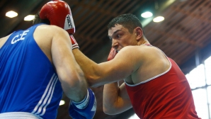 Белберов се класира за полуфиналите при най-тежките