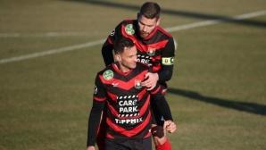 Два гола за две минути сломиха отбора на Карабельов