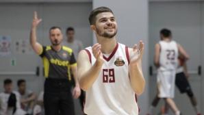 Бавни и яростни, Правец и Шумен с победи в здрави дербита от ББЛ А група (видео)