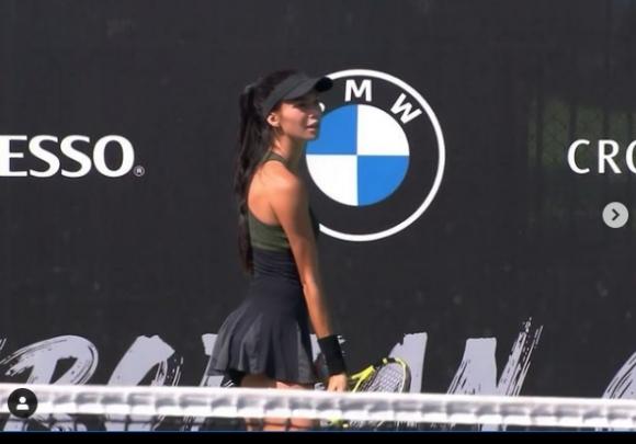 Вангелова отпадна в първия кръг на турнир в Анталия