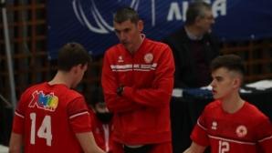 Александър Попов пред Sportal.bg: Даваме възможност на нашите деца да израснат (видео)