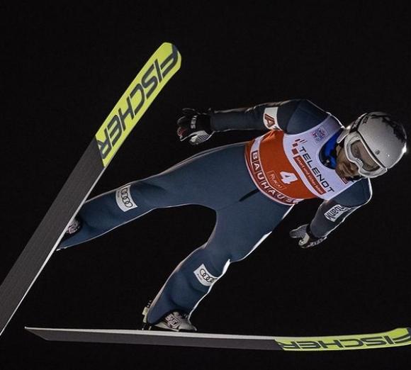 """Зографски преодоля квалификациите на третия старт от """"Четирите шанци"""" в Инсбрук"""