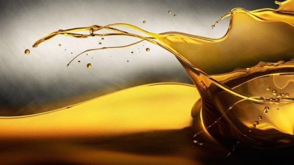 Под Лупа: Използва ли се маслото като гориво в F1