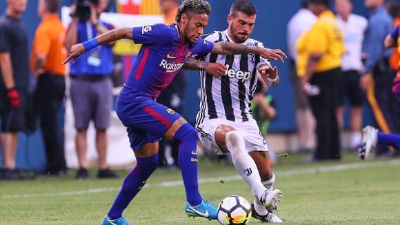 Шоу на Неймар донесе победа на Барселона над Ювентус