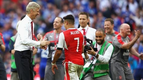 Венгер е категоричен, че Арсенал няма намерение да продава Санчес