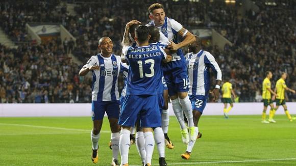 Порто вкара 6 гола и съсипа още един съперник в Португалия