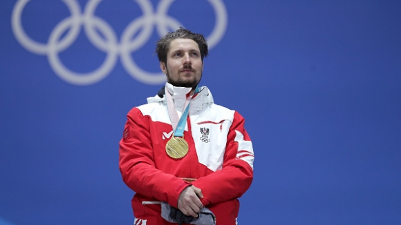 Хиршер отвя конкуренцията и завоюва втори златен медал