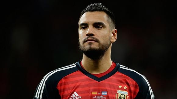 Вратарят на Аржентина е аут от Световното първенство